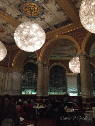 The tearoom at the V&A Museum is artwork in and of itself.
