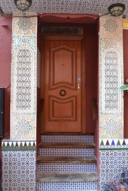 Such beautiful doorways