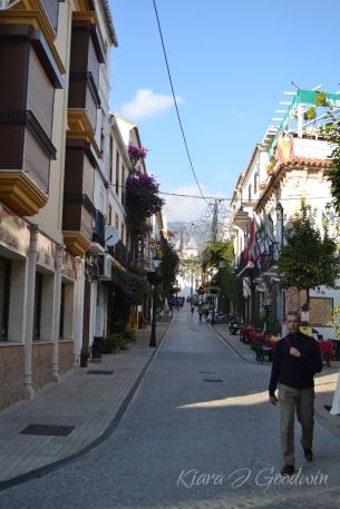 FullandFearless_Marbella_streetview3
