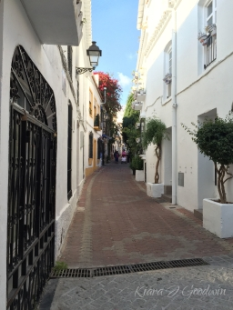 FullandFearless_Marbella_streetview5