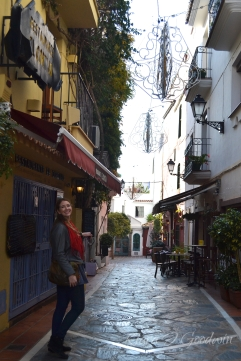 FullandFearless_Marbella_Tara